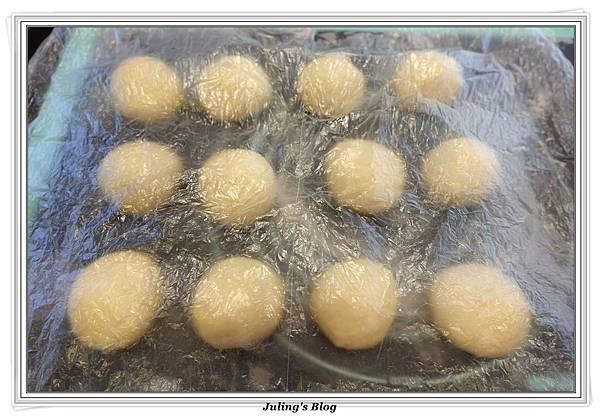 巧克力爆漿麵包做法7.JPG