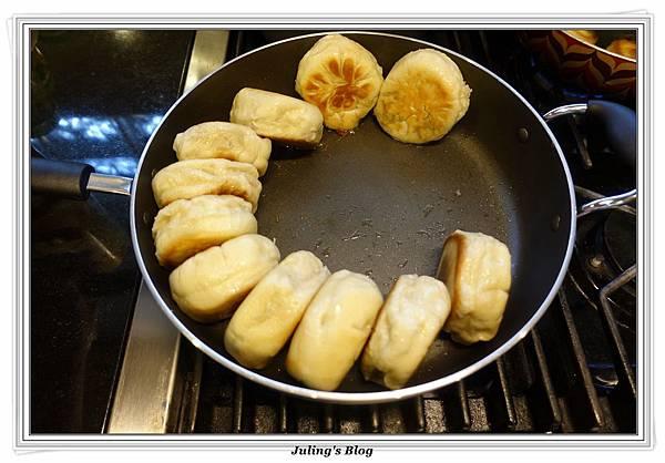 韭菜水煎包做法22.JPG