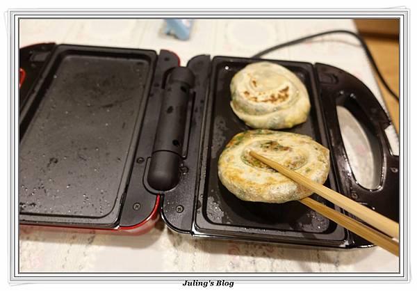 韭菜餡餅做法23.JPG