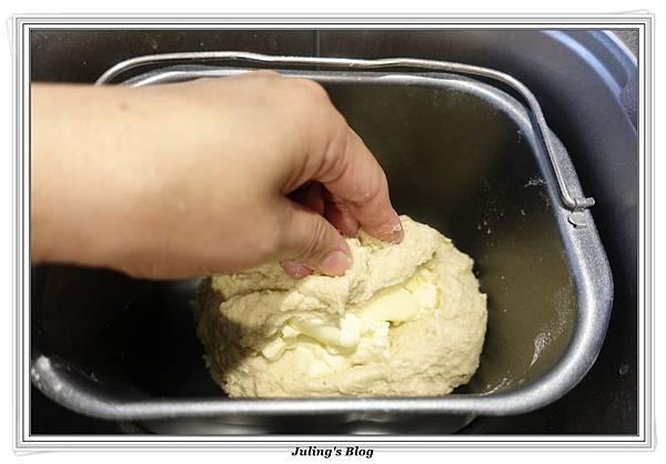 蒜香燕麥麵包做法7.JPG