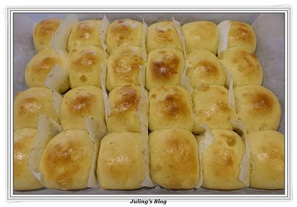 豆奶黃餐包做法22.JPG