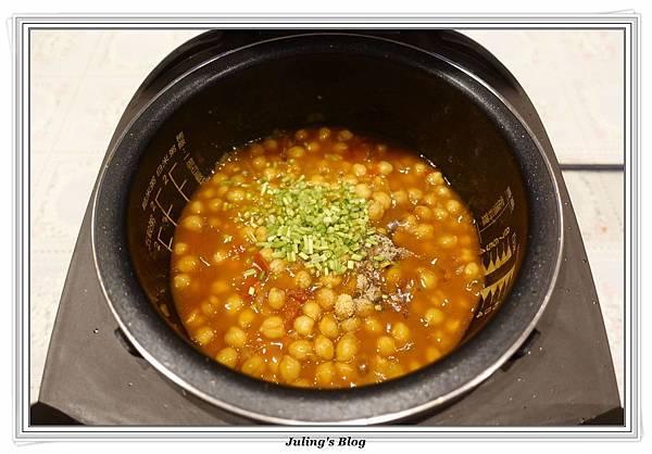 茄汁鷹嘴豆做法13.JPG