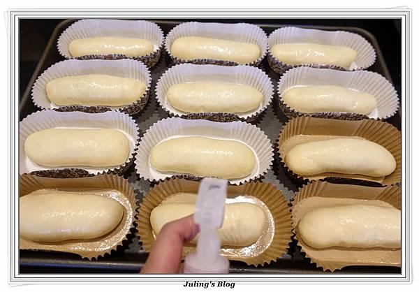 香蒜麵包做法12.JPG