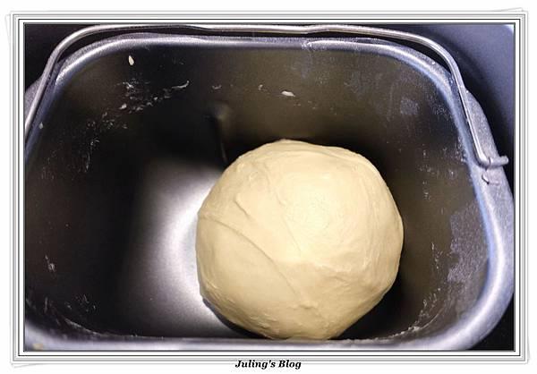 香甜煉乳麵包做法3.JPG
