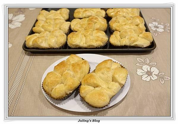 香甜煉乳麵包2.JPG