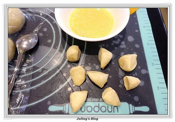 香甜煉乳麵包做法8.JPG