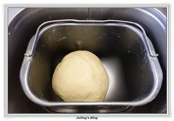 香酥椰蓉麵包做法3.JPG