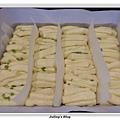 蒜香手撕麵包做法18.JPG