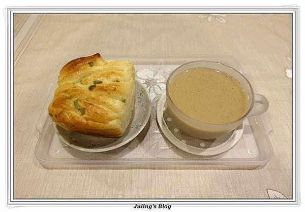 桂圓紅棗小米漿2.JPG