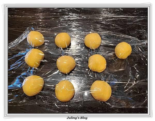 雞蛋發麵餅做法8.jpg