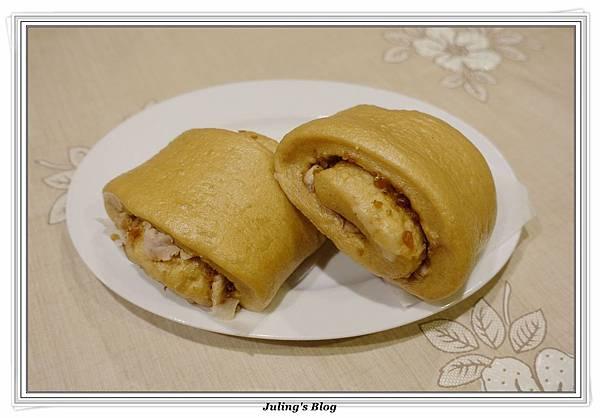芋絲黑糖饅頭2.JPG