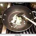 鹹蛋肉末蒸芋絲做法3.JPG
