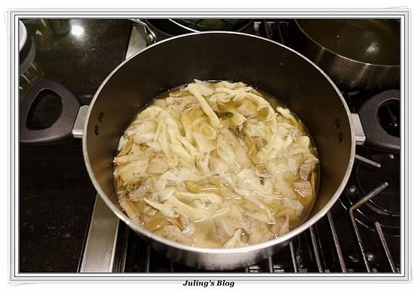 福菜滷筍絲做法8.JPG