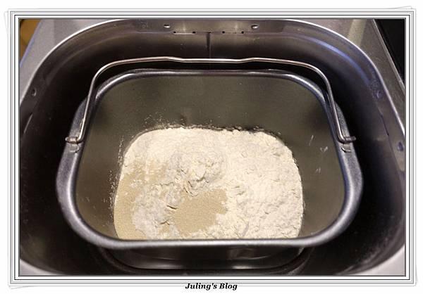 紅棗黑糖麵包做法3.JPG