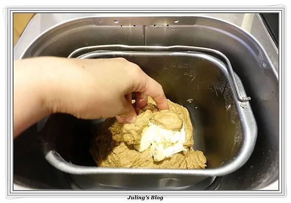 紅棗黑糖麵包做法4.JPG