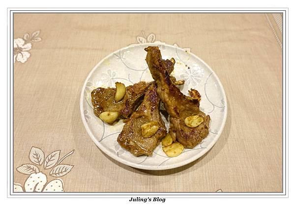 咖哩優格羊肋排1.JPG