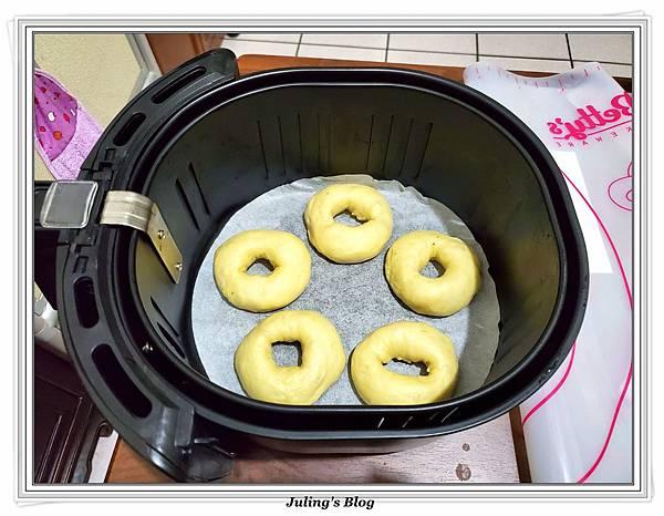 (1)氣炸香蕉甜甜圈做法12.jpg