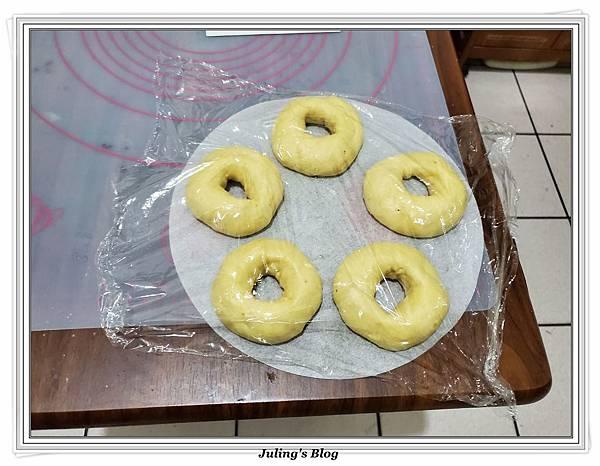 (1)氣炸香蕉甜甜圈做法13.jpg