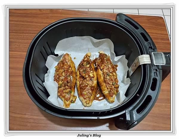 蜜汁麵腸鑲肉做法9.jpg