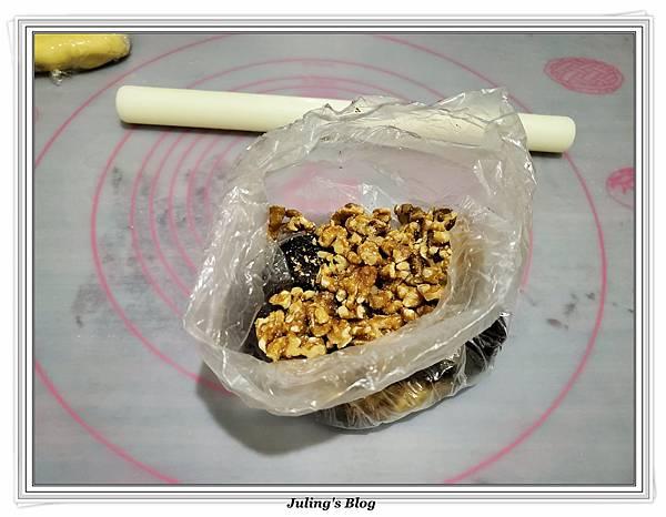 蛋黃酥%26;棗泥核桃酥做法26.jpg