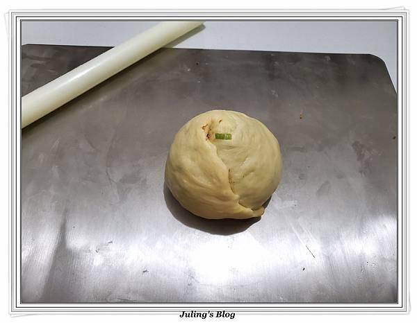 肉鬆香葱大餅做法9.jpg