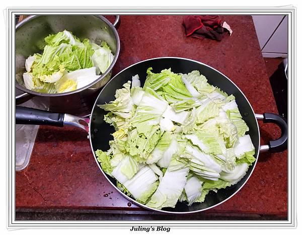 泡菜白菜滷做法8.jpg