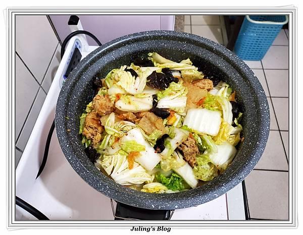 泡菜白菜滷做法15.jpg