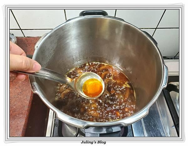 滷花生豬腳%26;臘味栗子五穀米飯做法21.jpg