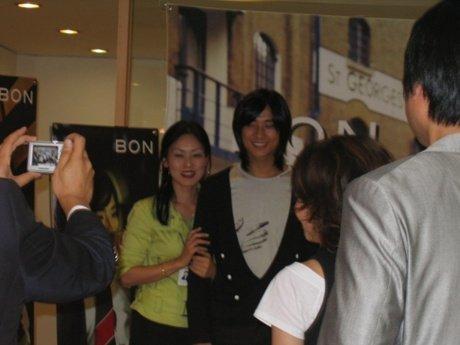 智勳-20060819 - BON-抱病簽名會 13.jpg