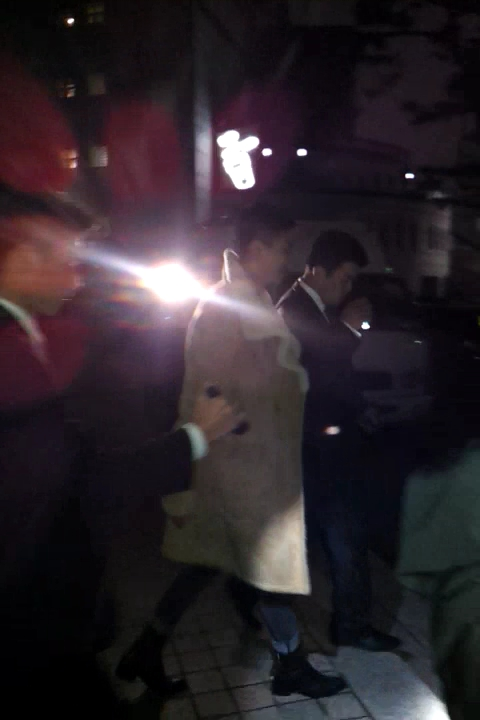 video-2011-11-27-21-54-21.mp4_0000~ (1).jpg