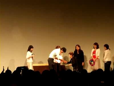 2007.06.02日本影友會-贈送禮物給幸運的fans(103min).flv_000010533.jpg