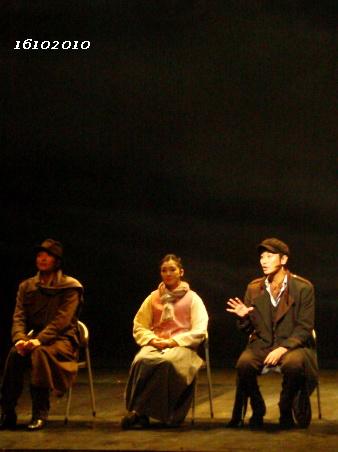 16102010~quznhou1 talk show CY 02b.jpg