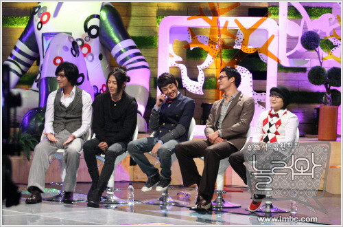 yoonkim_photo08110611111005entertain1_sakurai_arin.jpg