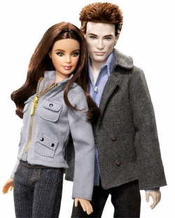 lens7252432_1254165163barbie-bella-edward-dolls2.jpg