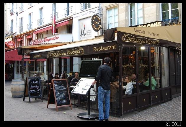巴黎自助旅行 自助旅行 背包客 巴黎小餐館
