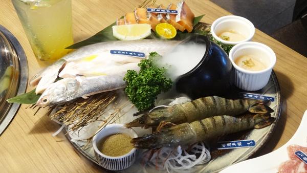 台中西屯區 雲火日式燒肉 海鮮拼盤.jpg