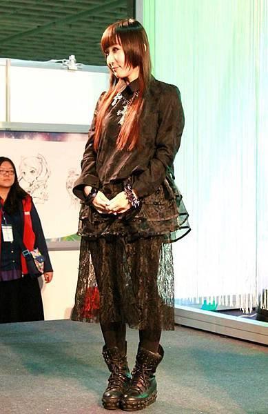103動漫節-三月兔老師簽名會05