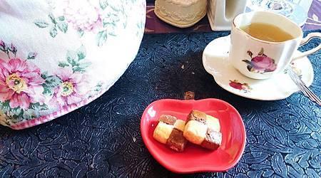 104Michaelis執事喫茶09