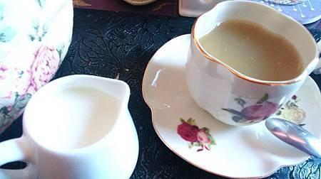 104Michaelis執事喫茶10
