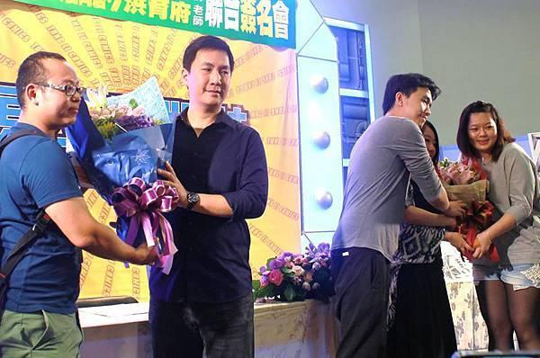 105漫博會-洪育府&鮭鯊簽名會16
