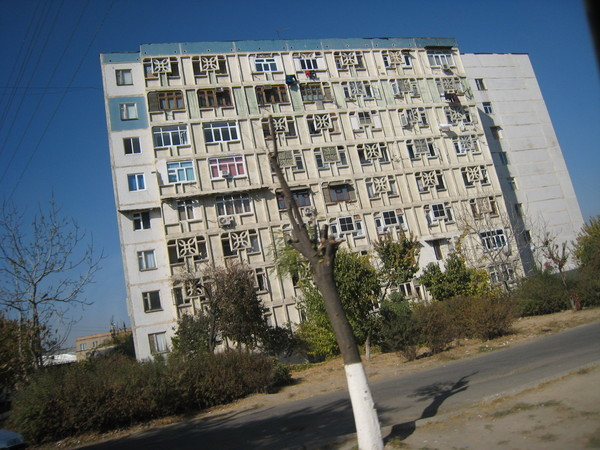 Tashkent (塔什干) 典型蘇維埃集合住宅