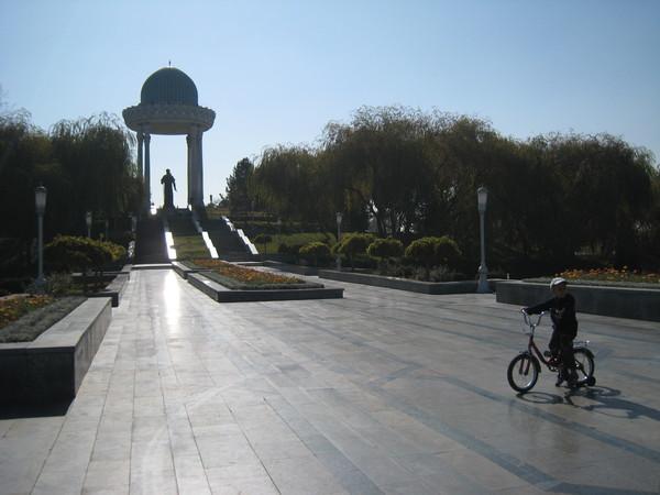 Tashkent (塔什干) Navoi 紀念公園