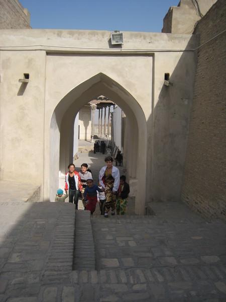 Bukhara (布哈拉) Family visiting Ark