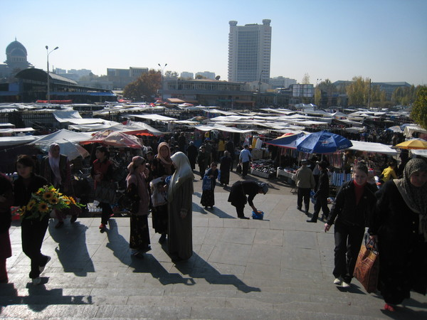 Tashkent (塔什干) Eski Juva Chorsu PC & HC areas 中央大市集個人用品與家用品區