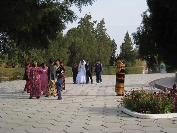 Uzbekistan Samarkand Wedding Parade