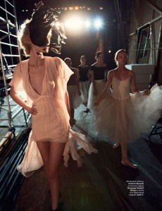 editorial-drama-and-ballet-denisa-dvorakova-by-jason-schmidt-for-vogue-russia-february-2011-02.jpg