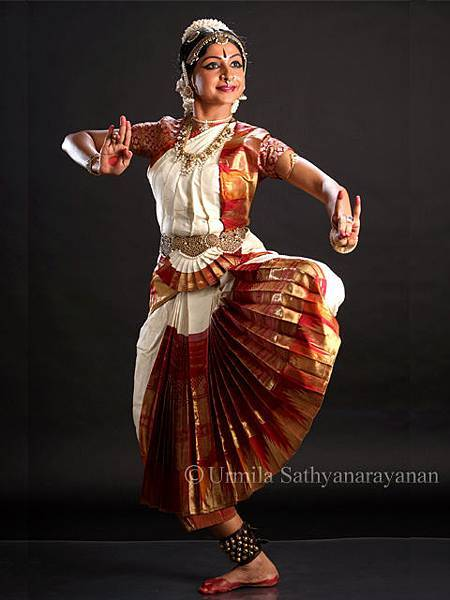 Bharathanatyam dancer pose
