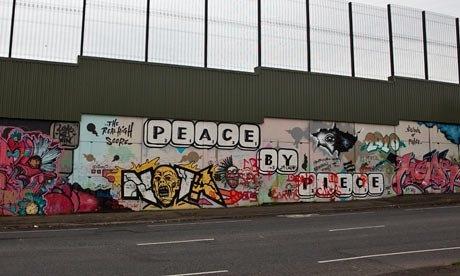 Peace-wall-Belfast-007