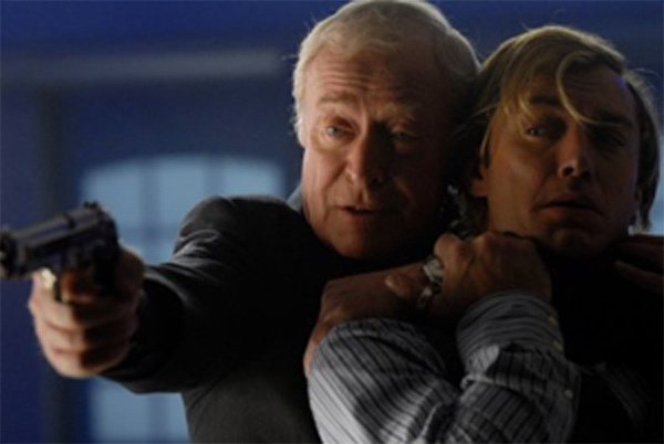 Michael Caine and Jude Law in Sleuth
