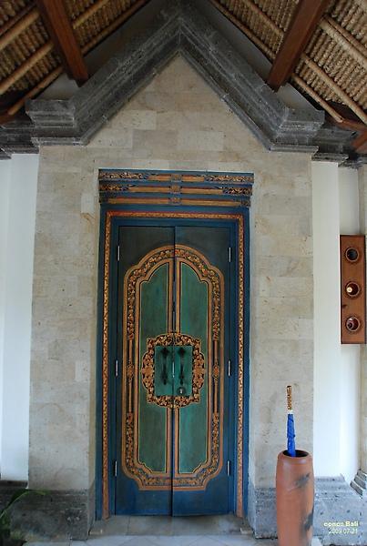 Bali Ubud Puri Wulandari Bali style door to bedroom suite